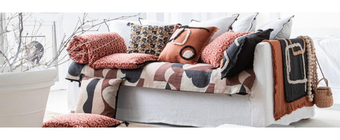 Notre sélection de plaids de qualité pour votre chambre - Curtina.fr